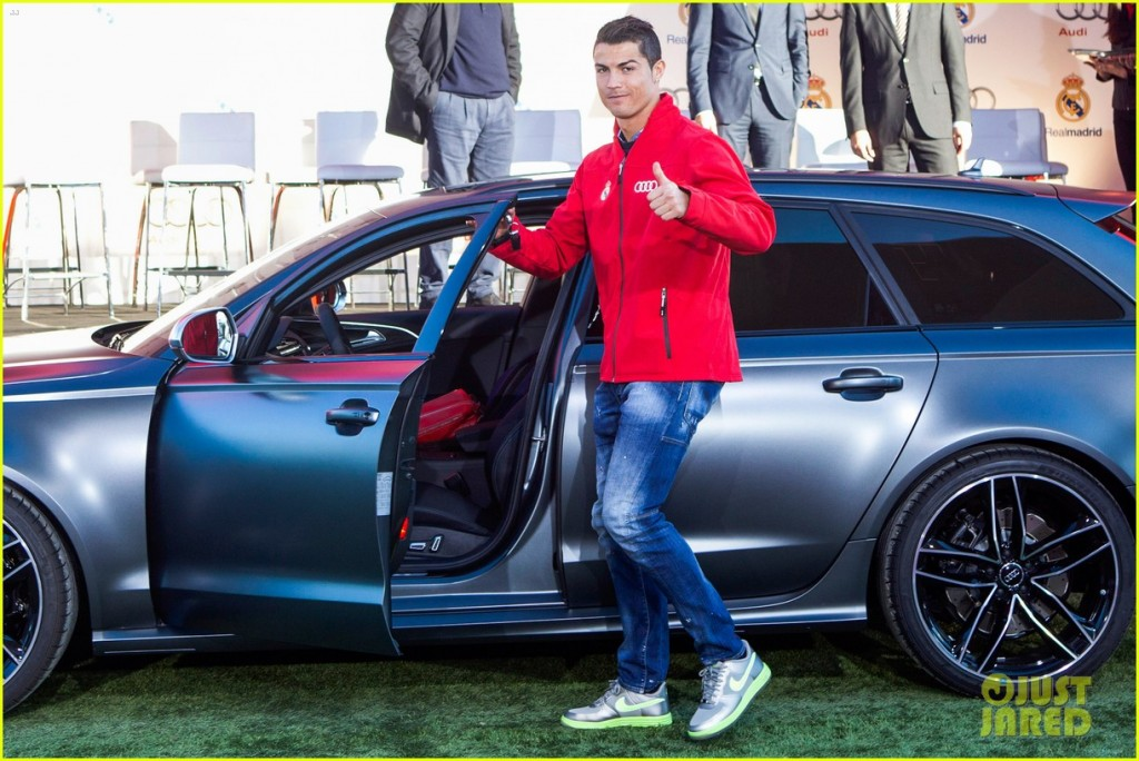 cristiano ronaldo cars and house 2013 the image kid has it. Black Bedroom Furniture Sets. Home Design Ideas