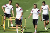 1408363863170_wps_7_L_to_R_Real_Madrid_s_Port