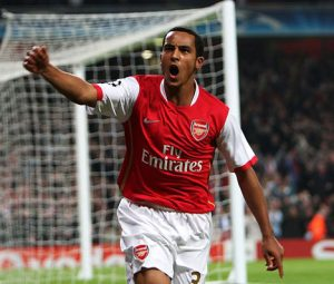 theo-walcott-celebrating-goal.jpg