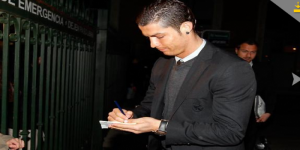 cristianoronaldo-arrived-at-valladollid-300x150.png