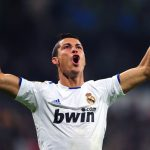 Real Madrid Offer Ronaldo Stunning Wage Rise to Remain at Bernabeu